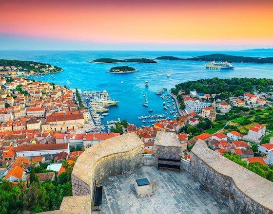 Острови Хорватії: сніданки та вечері на морі!