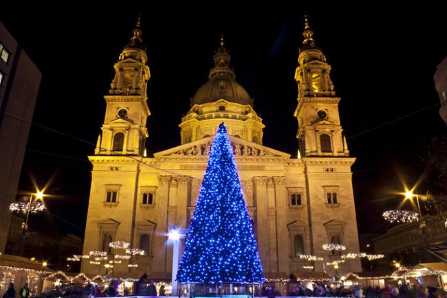 Adventi Ünnep a Bazilikánál, Будапешт, Венгрия