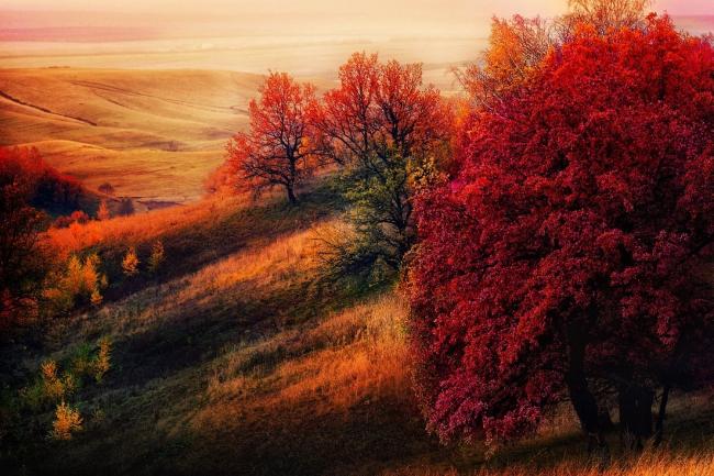 Гора Чатыр-тау на закате дня, Татарстан, Россия