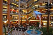 В Египте ограничат работу магазинов и развлекательных заведений