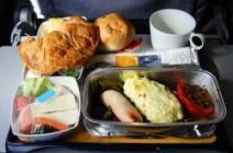 Обед на борту самолета American Airlines убил пассажира