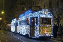 Рождественские трамваи курсируют по Будапешту