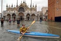 """Ученые нашли способ """"поднять"""" Венецию"""