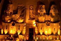 Туристов в Египте захватили в заложники