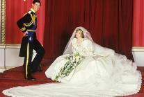 Свадебное платье принцессы Дианы выставят в Кенсингтонском двореце в Лондоне, открывающемся для туристов после реконструкции