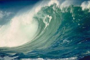 Туристов эвакуировали из отелей на Пхукете из-за угрозы цунами