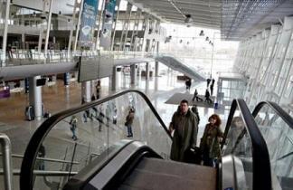 Аэропорт Львов обнародовал график перевода авиакомпаний в новый терминал