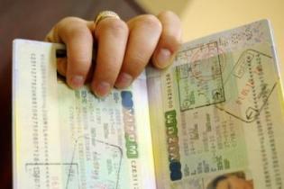 Испания по прежнему требует от украинских туристов отчет о возращении
