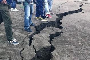 Возле курортных районов Турции произошло землетрясение напугавшее туристов и местных жителей