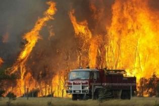 Туристов на пляжах Валенсии тревожит дым пожаров