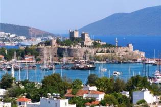 В чем две главные проблемы турецкого туризма?