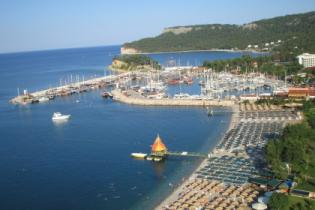 """Турецким отелям запретили """"захватывать"""" общественные пляжи"""