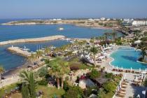 Кипр приходит в себя после взрыва