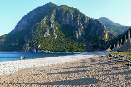 Один из красивейших пляжей Турции запрещено посещать после 10 вечера