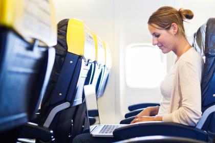 В самолет могут не пустить с гаджетами