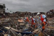 Жители Японии обнаружили в завалах после землетрясения 50 млн. долларов