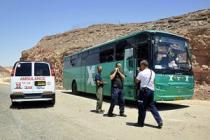 Возле Эйлата обстреляны два автобуса: семеро погибших, десятки раненых