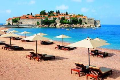 25 пляжей Черногории получили