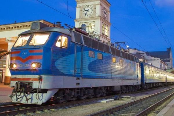 Для внутренних туристов ставят новые поезда к праздникам