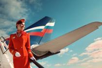 """""""Страшные"""" и """"толстые"""" стюардессы подали на авиакомпанию в суд"""