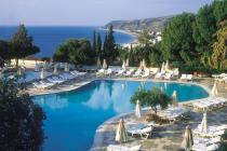 Туристы в Греции будут платить налог за ночи в отеле