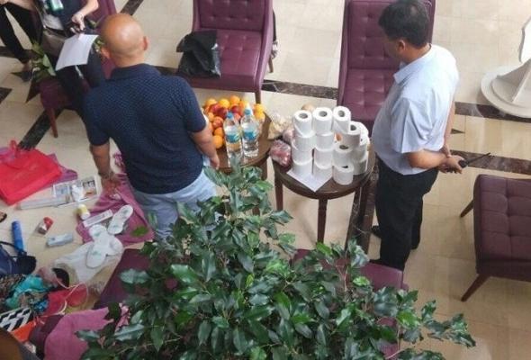 Туристов заставили заплатить за украденное из отеля