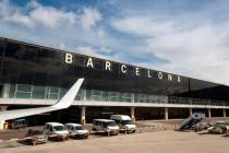 В аэропорт Барселоны нужно приезжать заранее: бастуют рабочие