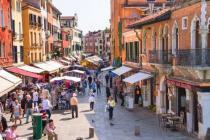 Начиная с мая Венеция ограничит поток туристов