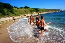 В Черногории празднуют начало летнего сезона