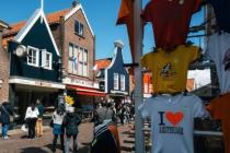 """Airbnb """"выселят"""" из центра Амстердама"""