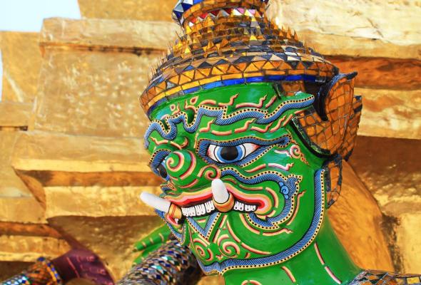 Таиланд штрафует туристов за алкоголь из duty-free