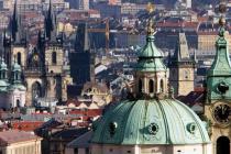 Находиться в Праге туристам станет выгоднее