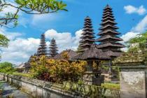 На Бали планируют поменять правила