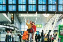 МАУ принимает деньги прямо на стойке в аэропортах