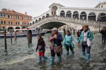 Наводнение в Венеции не напугало туроператоров