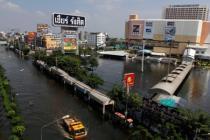 Центр Бангкока затоплен: объявлена экстренная эвакуация