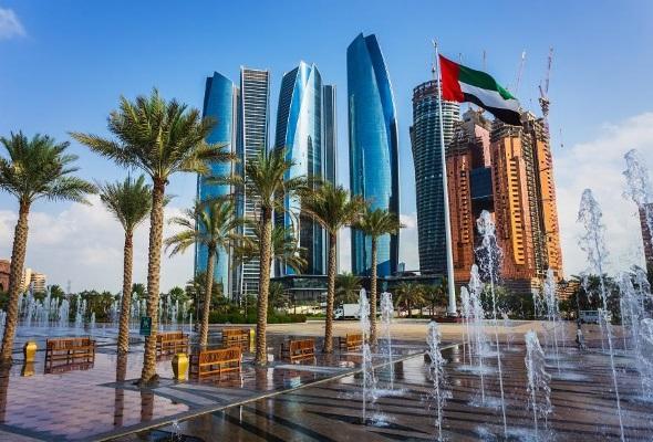 Весенние Эмираты почти сравнялись в цене с летней Турцией и Тунисом