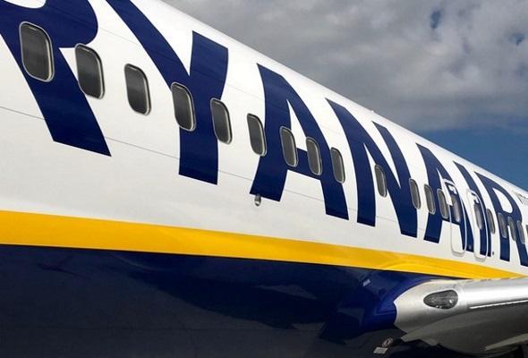 Ryanair анонсировал рейcы в Польшу и Литву из новых городов