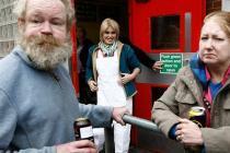 Бездомные водят экскурсии по Лондону