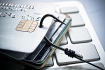 Движение безналичных платежей с начала августа может пробуксовывать