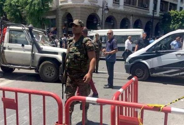 В столице Туниса теракт